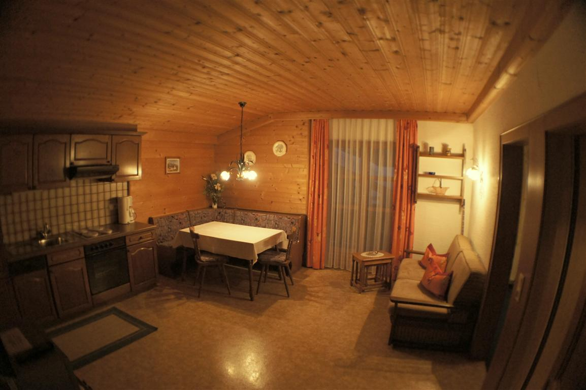 Appartements - Appartement - Ferienwohnungen - Pension Perwein in ...